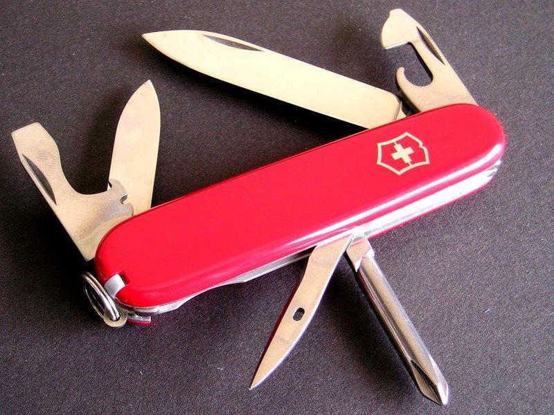 【UZ文具雜貨】瑞士製造 維氏VICTORINOX Tinker 經典12用紅色瑞士刀(1.4603)