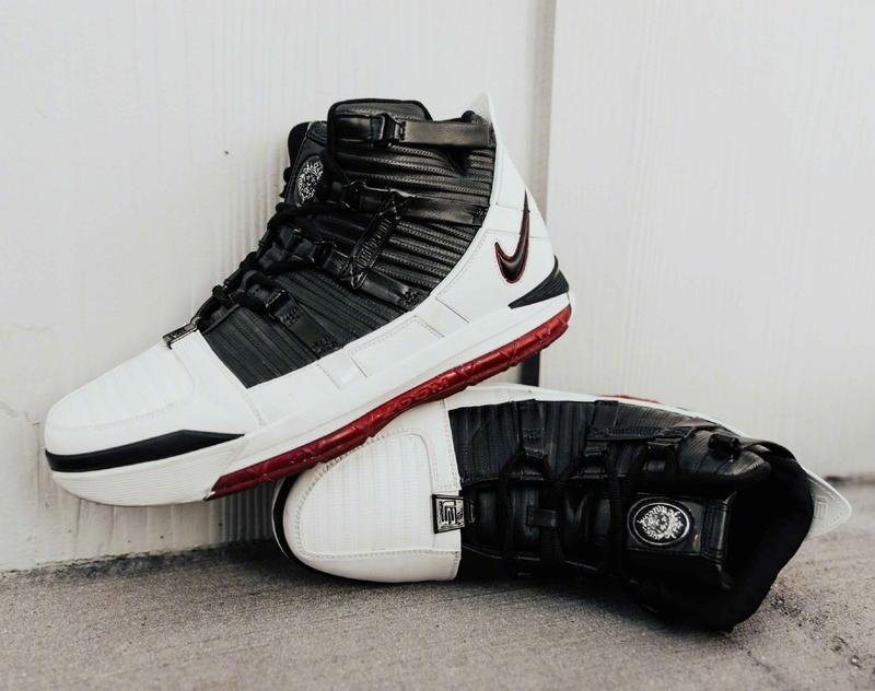 05e8084bf09c INMS 全新Nike Zoom LeBron 3 OG Home QS 男籃球鞋AO2434-101 - 露天拍賣