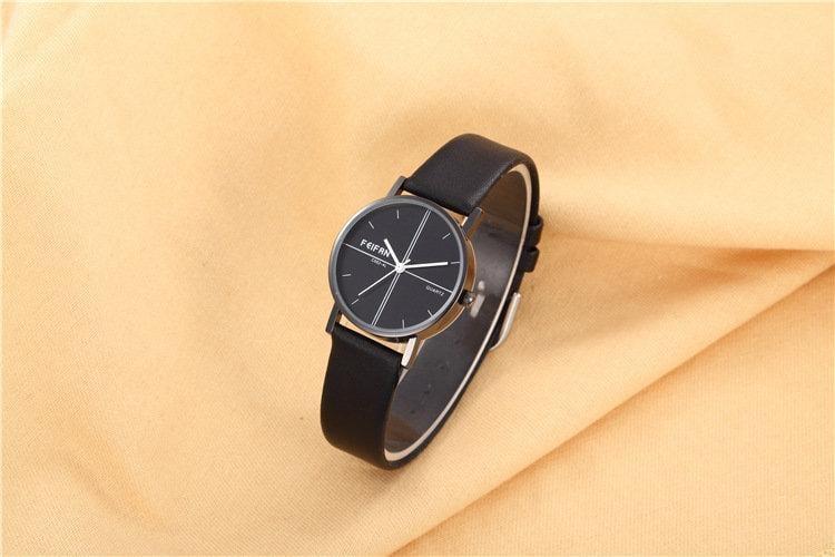 新款女士簡約韓版國男女士情侶款防水真皮錶帶中學生手錶時尚潮流手錶