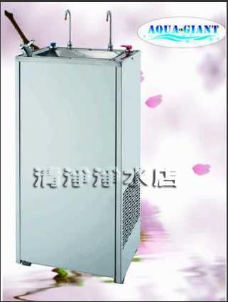 【清淨淨水店】 水巨人 AG500-掛壁式勾管冰熱飲水機,特價只賣8900。