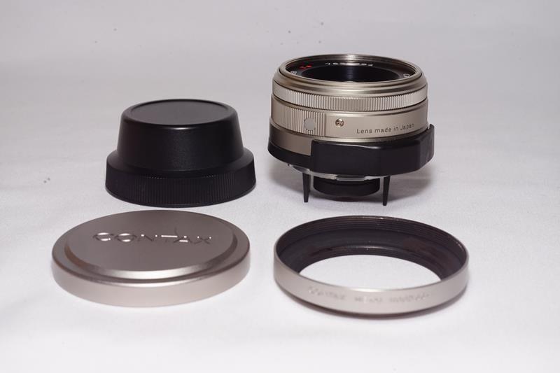 CONTAX Carl Zeiss Biogon 28mm F2 8 含原廠遮光罩 (Contax G接環)