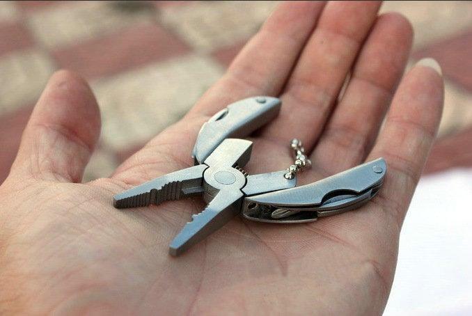 迷你老虎鉗_户外多功能工具鉗_迷你多用途折疊鉗_甲蟲烏龜鉗_便携老虎鉗_模型的好幫手