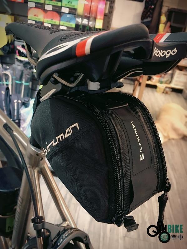 【癮單車】免運費、貨到付款▲傘蜥蜴坐墊包▲再也不怕開個包包拖拖拉拉了