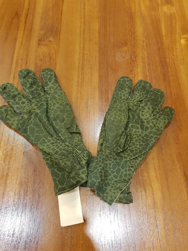 波蘭軍puma全新!迷彩軍用手套 (公發品) size:ML 中指指尖 量到手套底17.cm四個手指的寬度不超過11公分