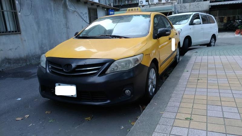 自售 豐田 2012年10月 ALTIS 1.8E版 小黃計程車