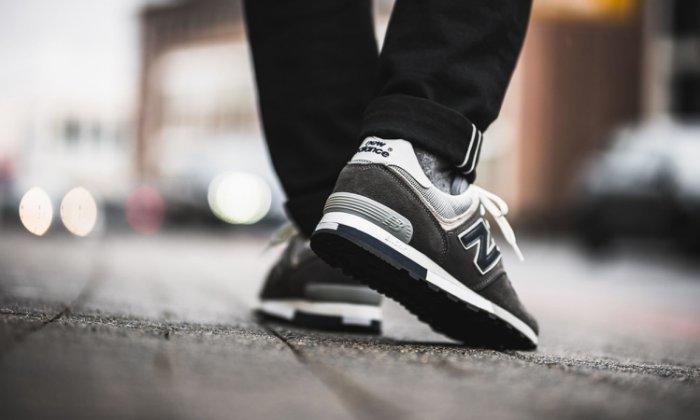 pretty nice 49018 81a4f 9527 NEW BALANCE 576 OM576OGG 深灰 元祖灰 麂皮 英國製 頂級 復古慢跑 男鞋