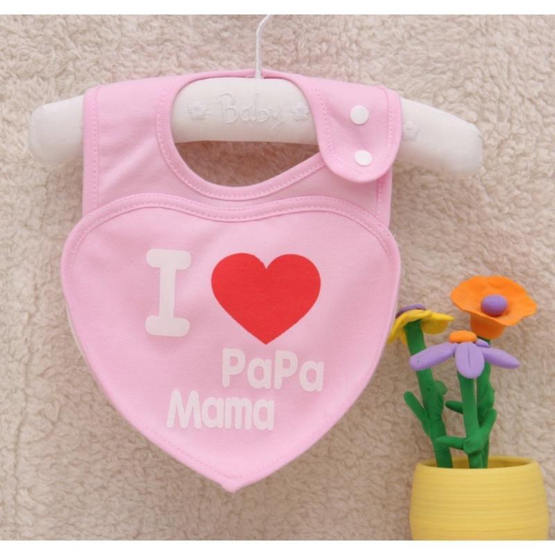 📣📣祐祐家族童樂會📣📣 心形造型防水圍巾 寶寶愛爸媽 兒童雙扣可調節造型飯兜