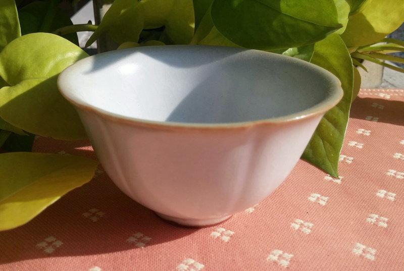 【子葳手札】立晶窯月白釉 開片 葵口杯 中式 品茗杯 普洱茶杯