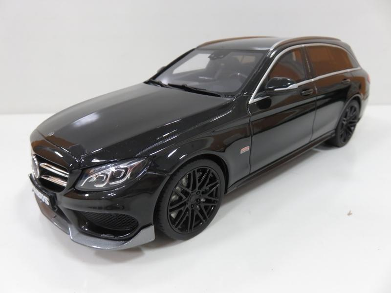 宗鑫貿易 GT SPIRIT GT180 Mercedes Brabus C Class T Model B25 曜石黑