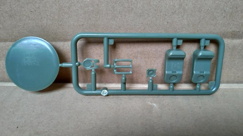 【CLASSY HOBBY MC16008 零件-Z】1/16 二戰 美軍 200公升 油桶 + 20公升(水桶) 配件