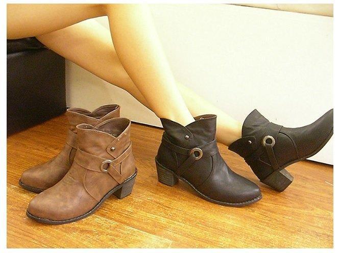 短靴 質感V口反扣流線木頭粗跟短靴大尺碼 零碼咖40.41