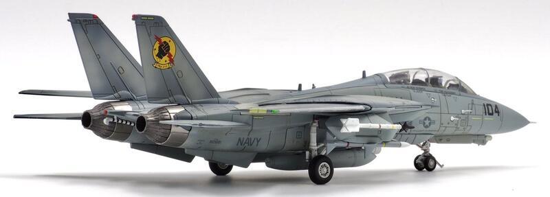 Calibre Wings 1/72 F-14 TOP GUN「冰人ICEMAN」座機,加贈戰鬥機武器學校臂章