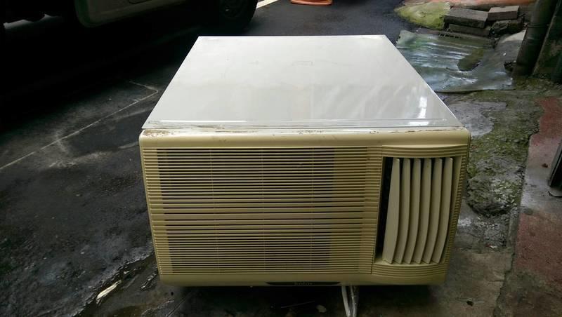致鴻冷氣~中古二手歌林窗型冷氣(含基本安裝)~特價15000