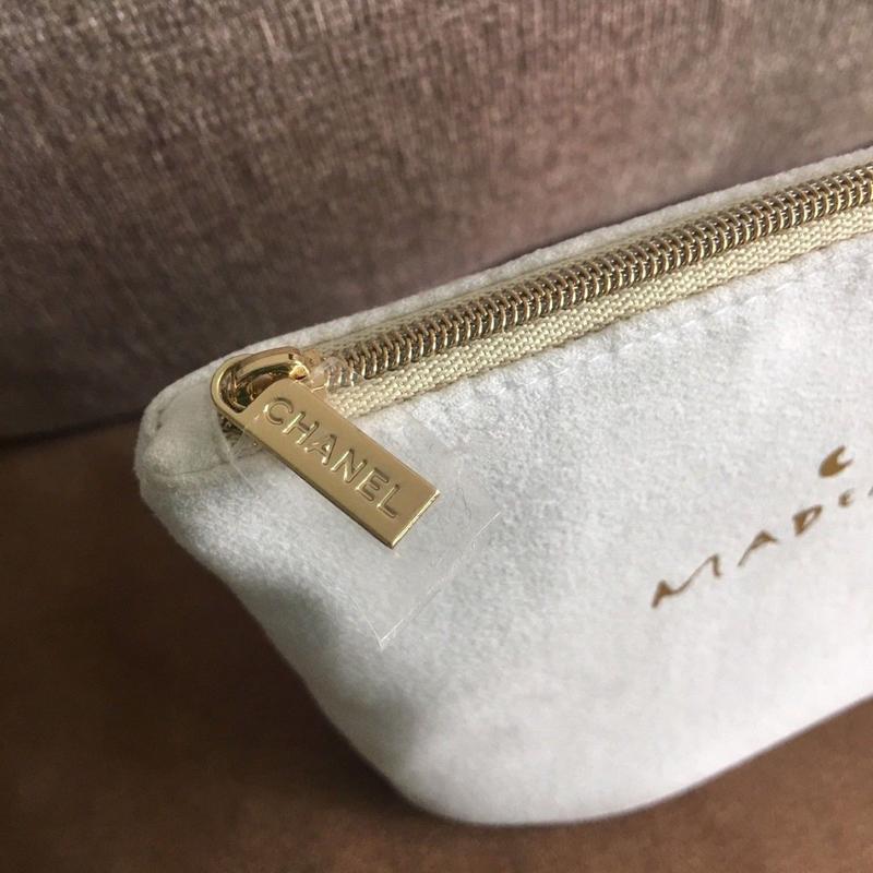 香 櫃台會員禮品 套裝拆出 白色摩登MAKEU P COCO MADEMOISELLE 旅行隨身包/手拿包