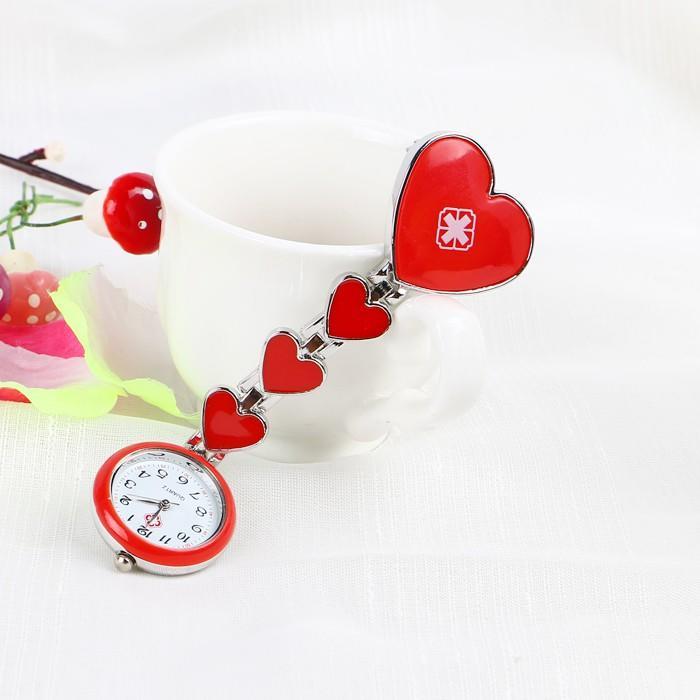 【熱賣】現貨  桃心醫用女護士手表掛表時尚潮流合金可愛心形護士表懷表胸表包郵