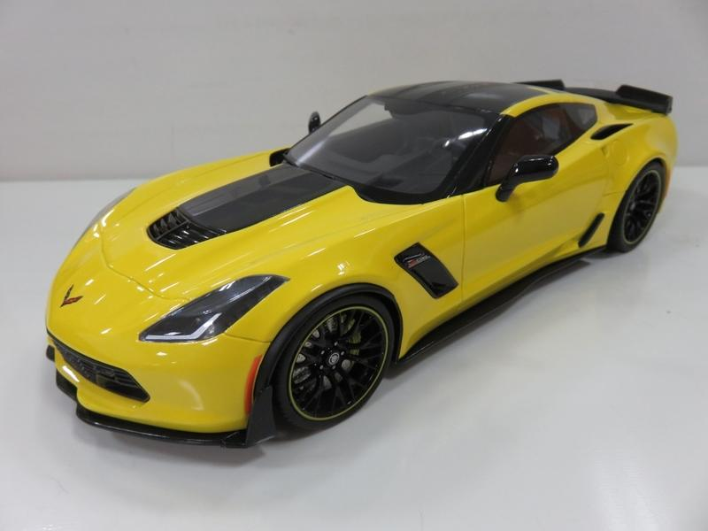 宗鑫 GT SPIRIT GT171 Chevrolet Corvette Z06 C7 R Edition 競技黃