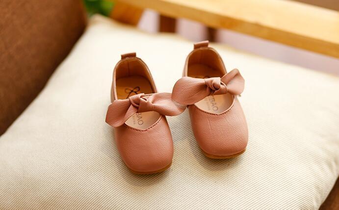 春季兒童韓版小皮鞋新款軟底公主鞋蝴蝶結女童休閒鞋子女孩豆豆鞋【潮咖地帶】