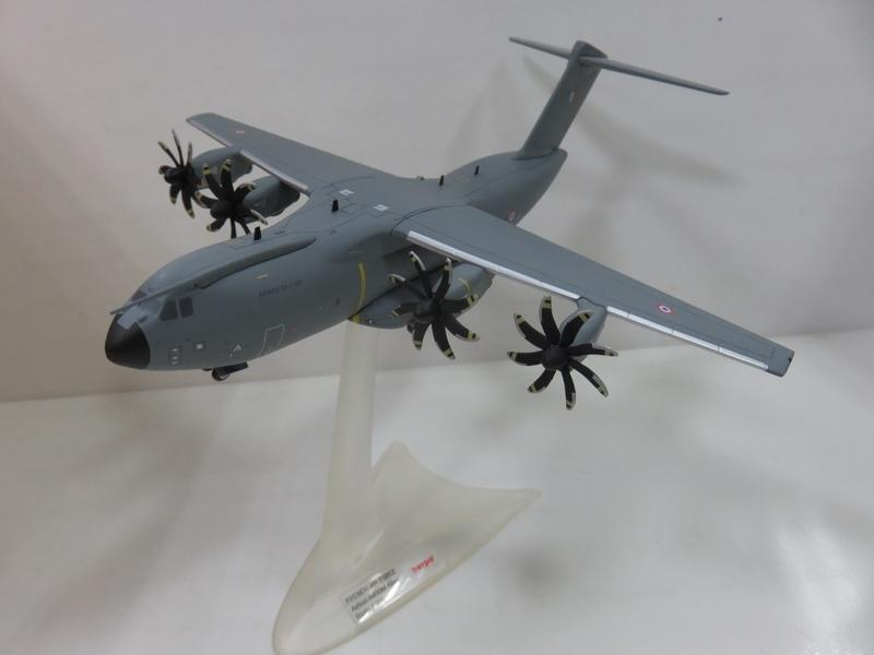 宗鑫 1/200 Herpa Wings HW558729 Airbus A400M Atlas 法國空軍塗裝