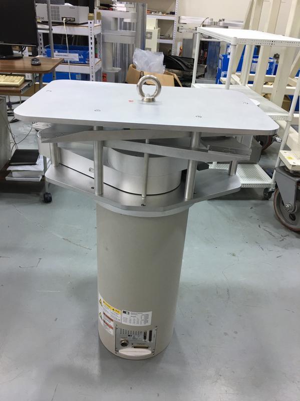 Brooks Mag8 Quadrafly Robot