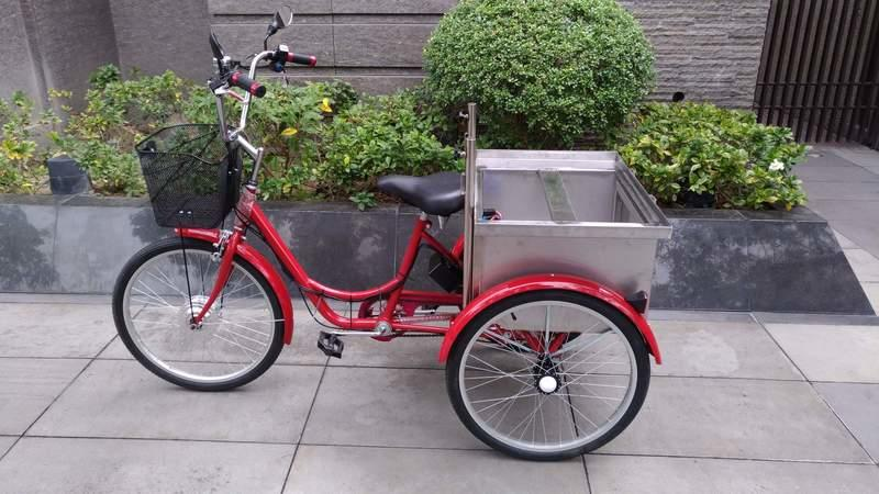 電動三輪車 (三輪載貨車三輪餐車行動活動咖啡車可參考)