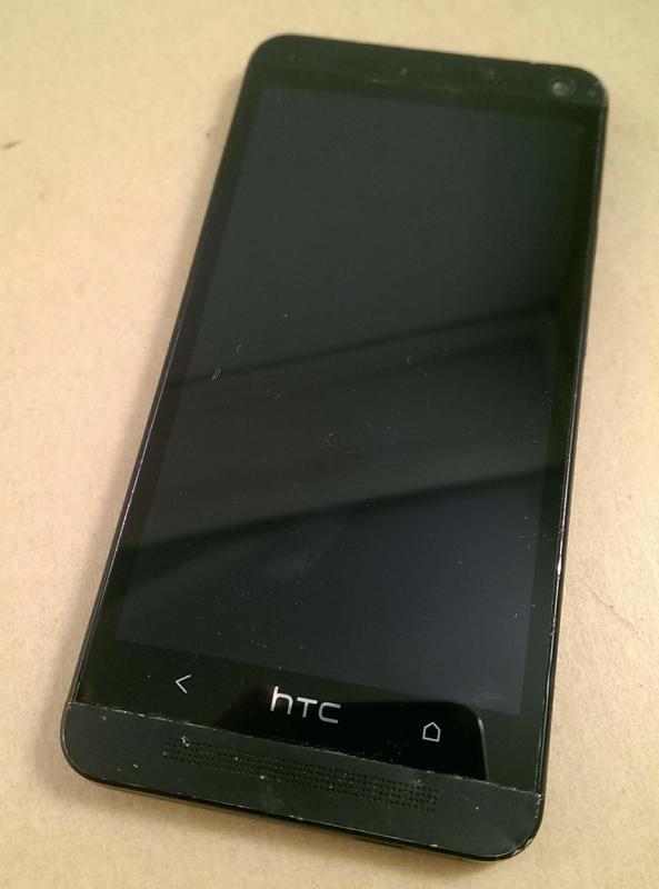 零件機 HTC ONE M7 801e PNO7110 故障機 容量不詳