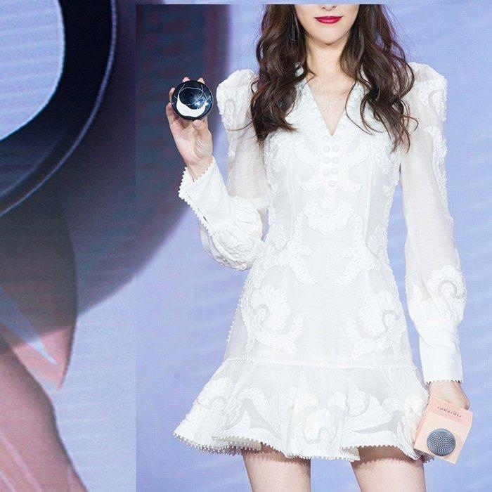小香風白色V領重工刺繡長袖洋裝
