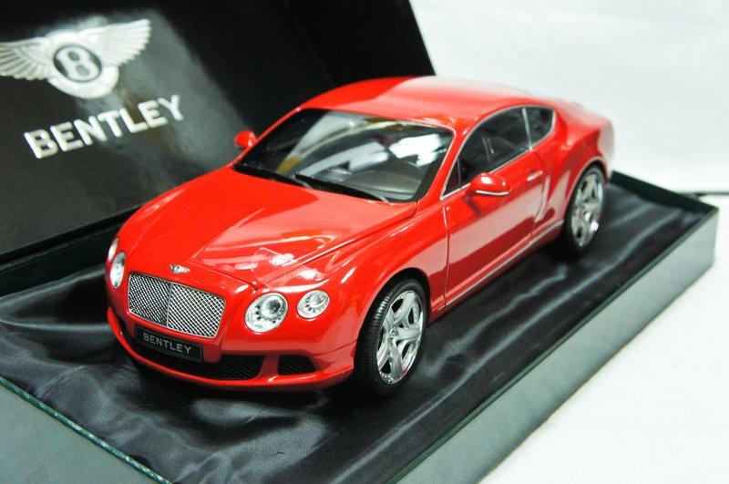 【超值特價】1:18 Minichamps Bentley Continental GT 2011 紅 ※限量750台※
