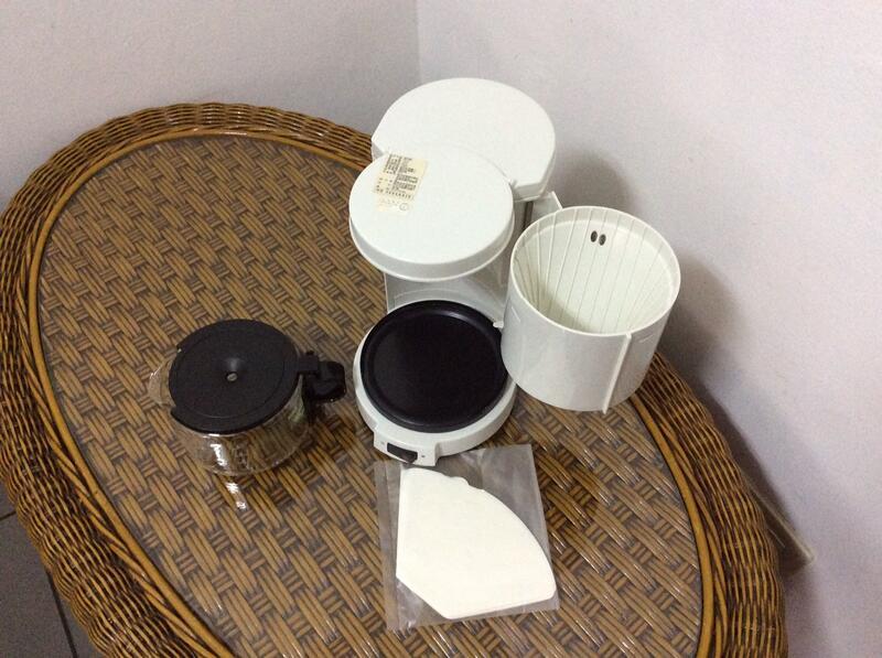 ◎ 花草木屋 ◎ ◄A0522►百靈 BRAUN 美式咖啡壺 / 咖啡機 4人份 KF-10----庫 Q-02
