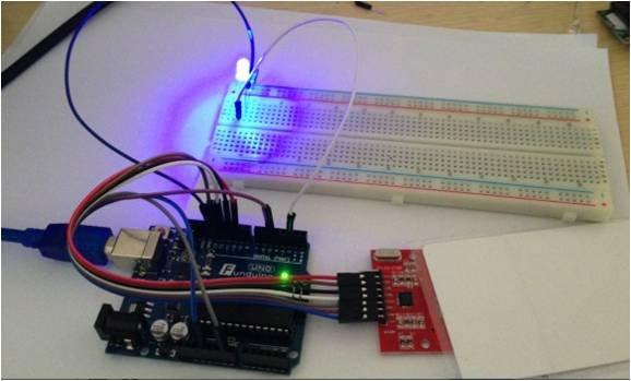 【方塊奇品】RFID模組 (排針已焊) MFRC 522 13.56MHz IC卡感應附白卡鑰扣Arduino範例
