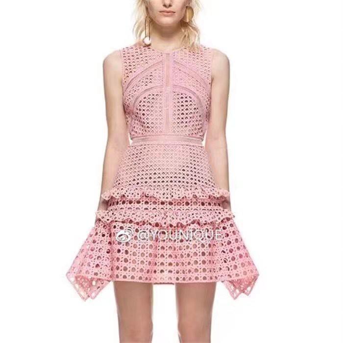 2861#新款女裝重磅水溶蕾絲無袖背心修身粉色不規則連衣裙短裙