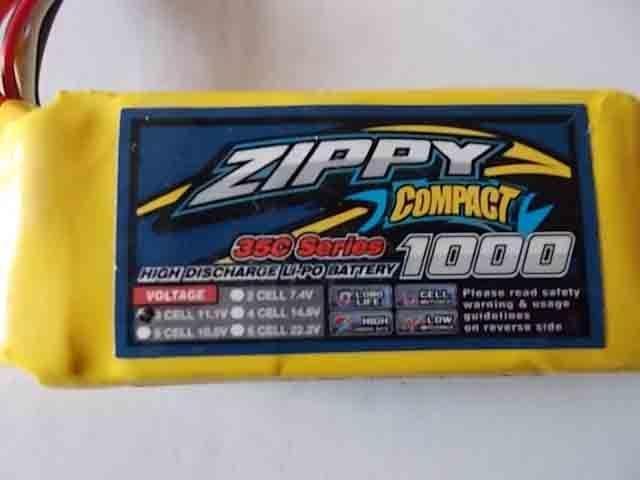 正品zippy 1000mah 3s 11.1v 平流35C~突放45C,注意本品平放是35C,非其它家的25C,鋰電池