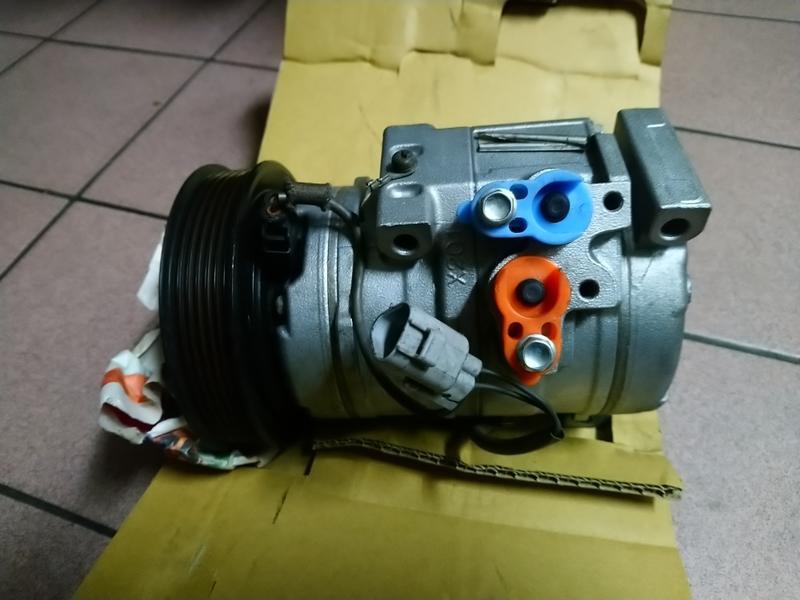 RX 300  CAMRY  壓縮機