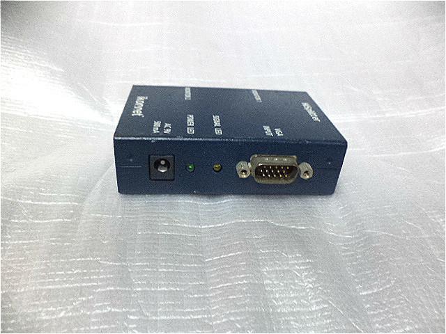 露天二手3C大賣場 艾康 Ikonnet VGA 螢幕分配器 沒有附VGA線材 品號 2003