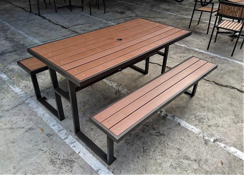 【加百列庭園休閒傢俱】歐式休閒戶外桌椅~塑木啤酒桌~塑木野餐桌椅組~7-11塑合桌椅~啤酒桌椅組~居家庭園戶外休閒桌椅~