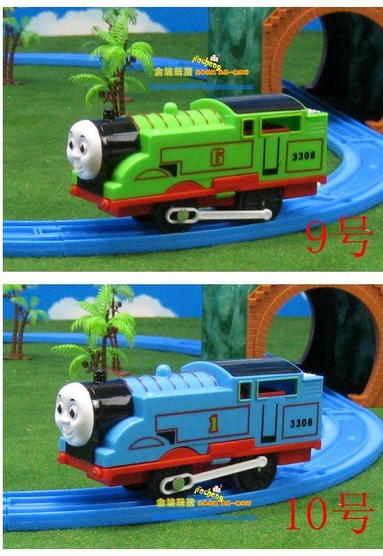 拖馬斯車頭1-10號每台115元(裝電池,會跑,有燈光,音效) ,可在Tomy thomas火車軌道上行走,滿千免運