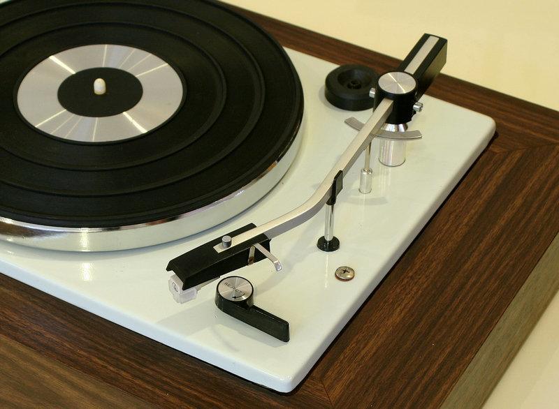 古典魅力~1970s黑膠唱盤 付全新鐵三角唱頭針