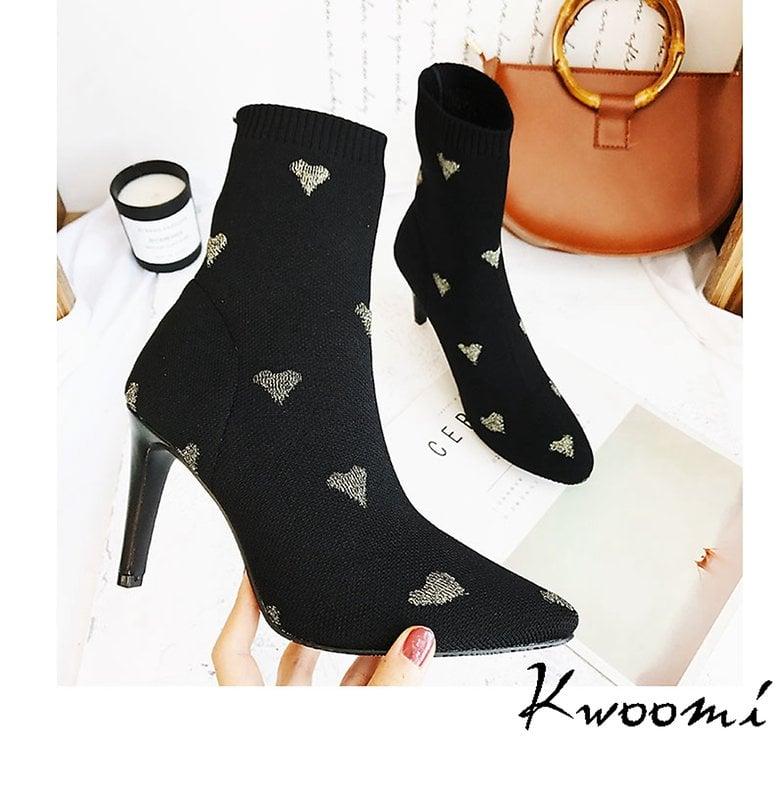 高跟短靴 愛心點綴甜美尖頭細跟 裸靴 踝靴 大尺碼35-40*Kwoomi-A93