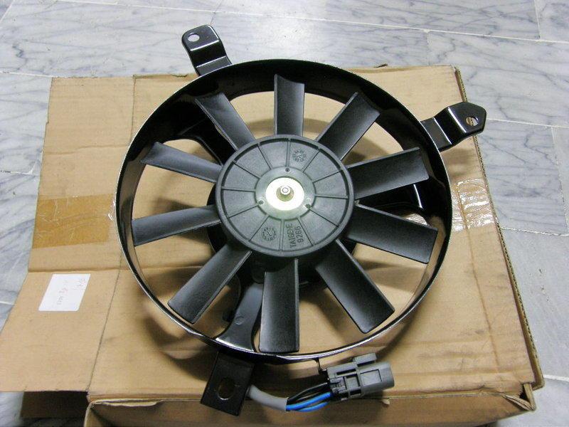 豐田 TOYOTA COROLLA 88 冷氣風扇總成 冷排風扇總成 冷氣散熱風扇 冷扇 各車系水箱,水管,水扇,冷扇,冷排,前熱片,鼓風機 歡迎詢問