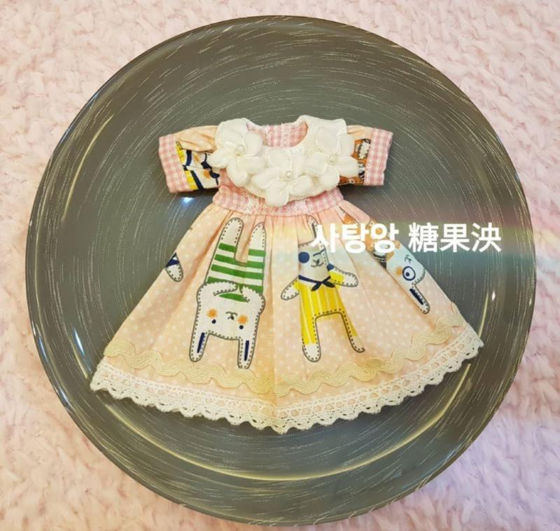 碧麗絲小布Blythe娃衣❤童趣洋裝 手工娃衣❤娃鞋/手工娃鞋/娃包/手工娃包/娃帽/手工娃帽/褲襪/사탕앙糖果泱