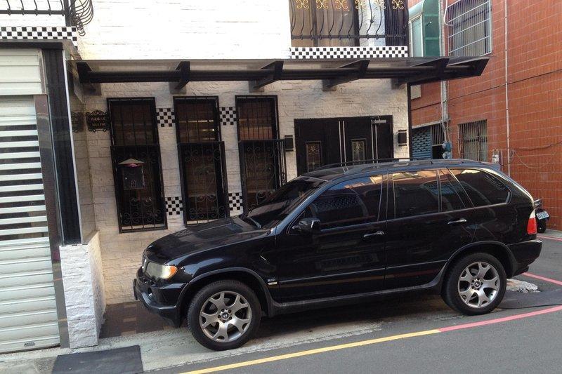 自售 寶馬 2002年BMW X5 3000 CC黑色