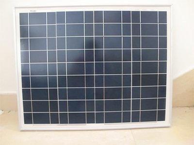 【綠市集】太陽能全新A類50瓦多晶太陽能電池板 太陽能電池組件 發電板