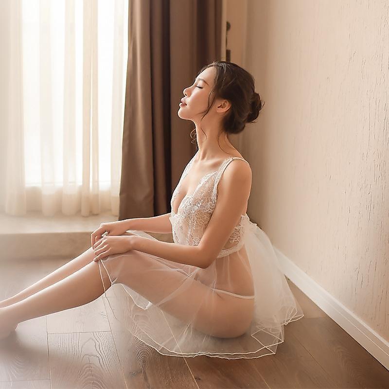 318百貨-性感情趣內衣薄紗睡裙 透明蕾絲露背綁帶家居服 透視睡裙