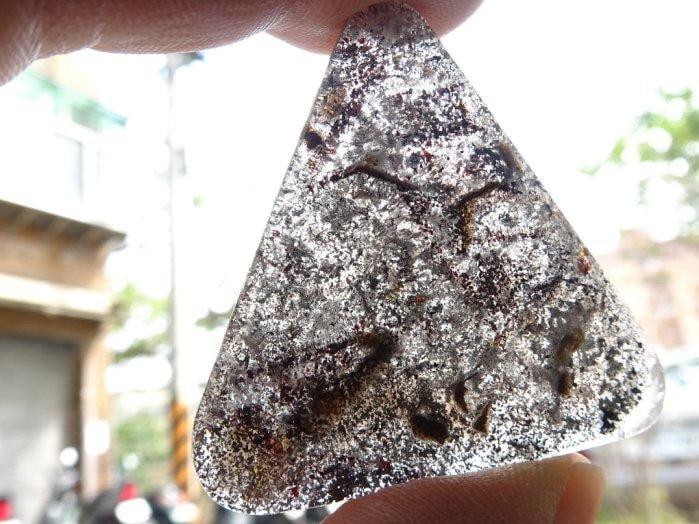 shirley super seven 水晶能量寶墜~18.41公克~髮絲內含~幾何放射~能量巨大~練氣聚氣~精緻典藏!