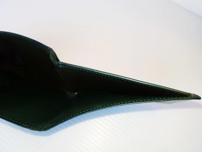 Louise Vuitton防刮Taiga對摺 LV男皮夾 4信用卡夾 短夾 發財夾 零錢皮包$498 1元起標 有
