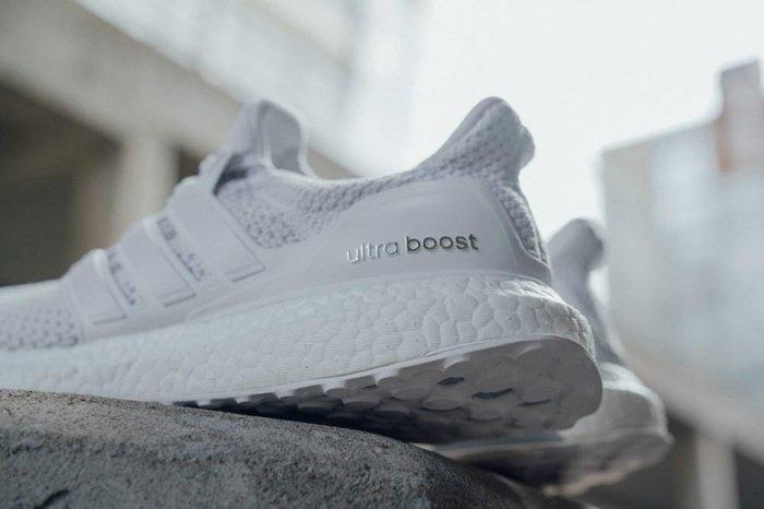 891f625a8da29 9527 Adidas Ultra Boost LTD BB3928 白灰色3M反光愛迪達編織全白男女 ...