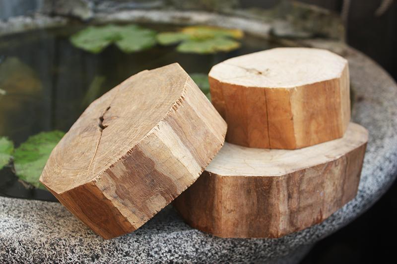 檀木【和義沉香】《編號CR01》澳洲黃金檀木 大型原木 重油氣味清香可作傢俱 雕塑神像 藝術雕刻上選上材一斤/$350