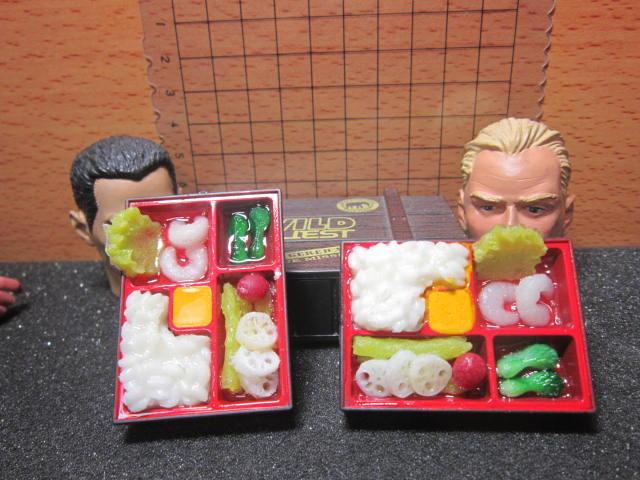 U5Z伙房單位 素食餐C款1/6豐盛餐盒便當一個 mini模型