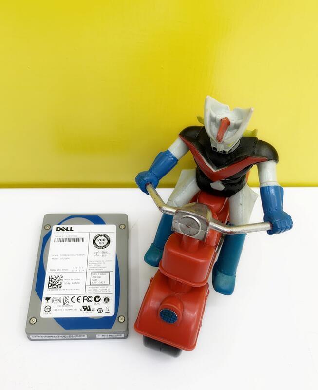 DELL 200G 2.5 SATA SSD 6G 024XV8 240XV8
