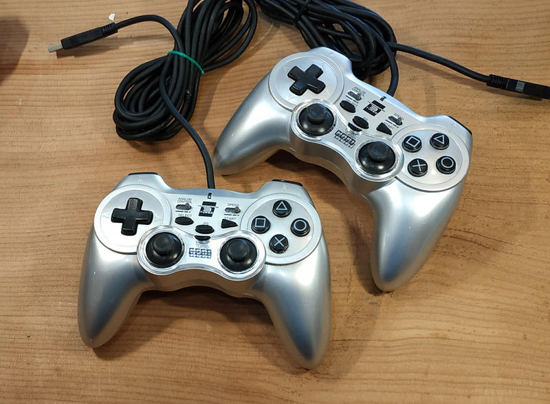 PS3日版周邊- HORI 手把 控制器 2支一起 USB(7-11取貨付款)