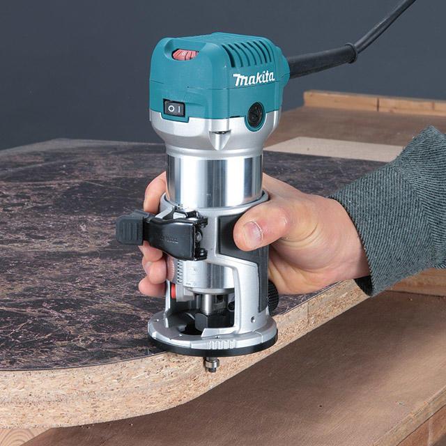 【分享工房】木工DIY makita 牧田 RT0700CX5J 修邊機+雕刻座組+角度座+修邊座組+直線導規+工具箱